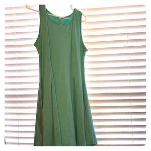 Dresses & Skirts - Swing Dress